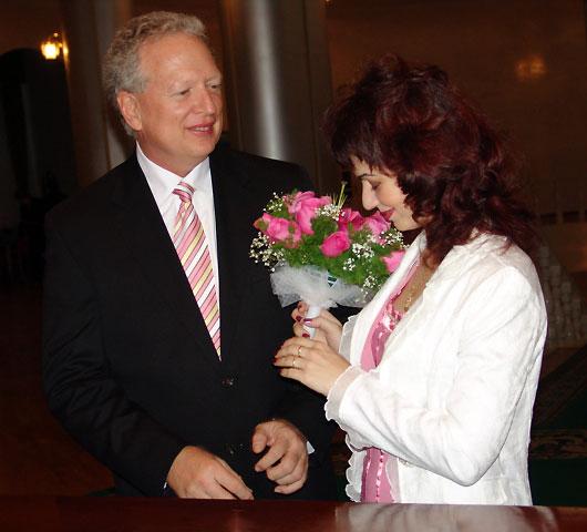 Russian bride oksanalove happy couple